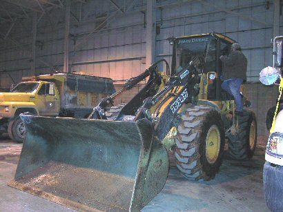 picture of front-end loader that was involved in the incident